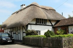 Thatched cottage, Chilbolton