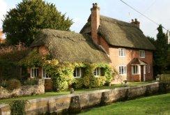 Thatched cottage, Rockbourne