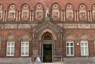 Wedgwood Institute, Queen Street, Burslem, Stoke-on-Trent