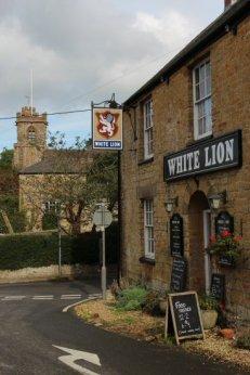 White Lion Inn, The Square, Broadwindsor