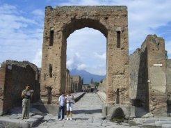 Arch of Caligula, Pompeii