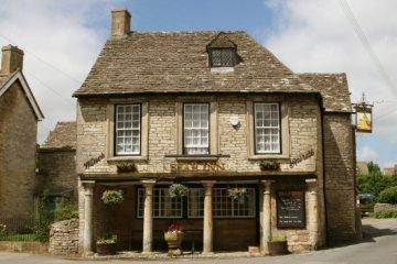Bear Inn, Bisley