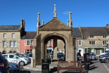 The Robinson Memorial, The Square, Beaminster
