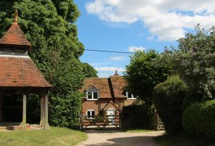 Cottage beside The Well, Aldworth