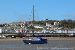 Appledore and yacht, River Torridge, from Instow