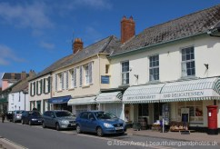 Johns' Supermarket and Waterside Gallery, Instow