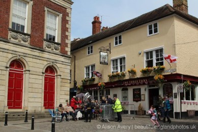The Guildhall and The Three Tuns pub, The Queen's 90th Birthday, Windsor