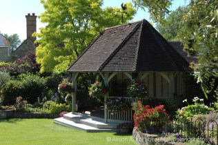 Garden, Cooling Castle Barn, Cooling