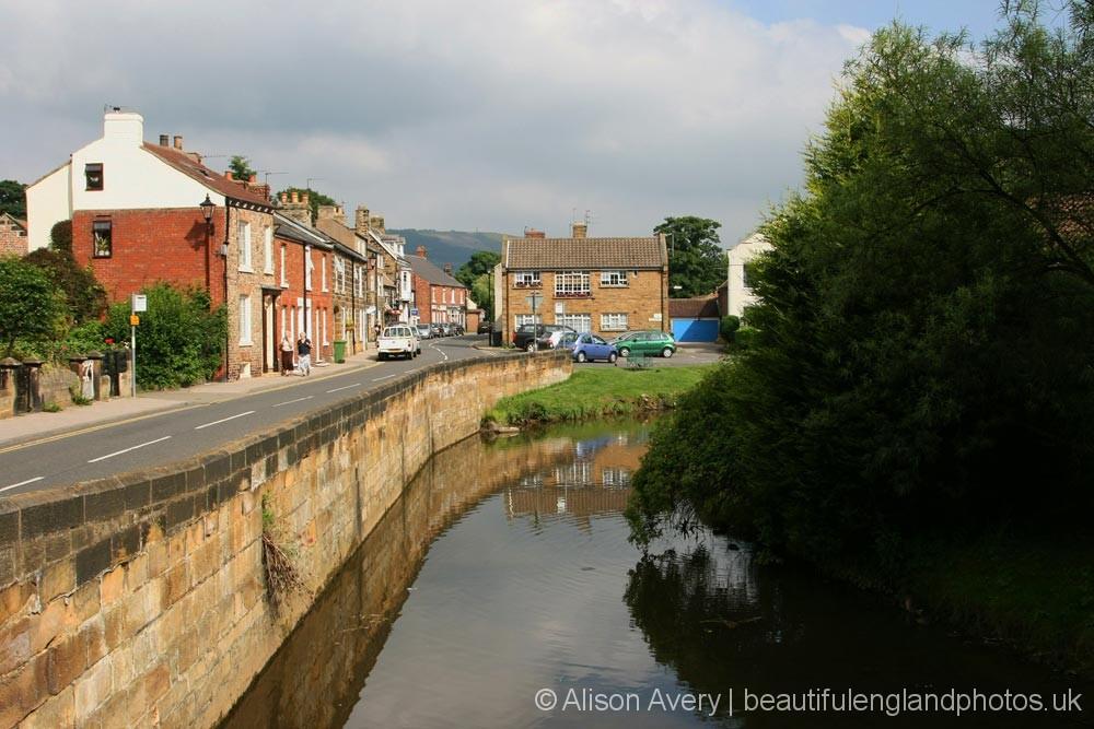 River Leven, alongside High Street, Great Ayton