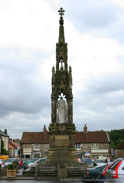 Monument to the second Lord Feversham, Market Place, Helmsley