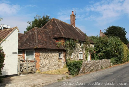 Crouchers cottage, Charlton Road, Singleton