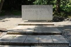 John F. Kennedy Memorial, Runnymede