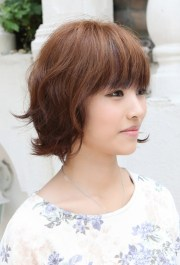 short hairstyles with bangs beautiful