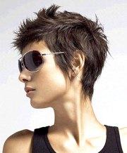 short hairstyles beautiful