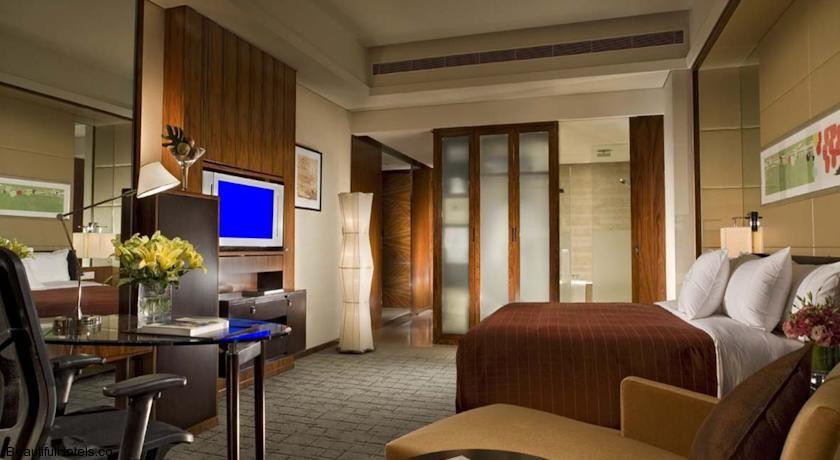 Sheraton Shanghai Hotel & Residences, Pudong (Shanghai, China) *****