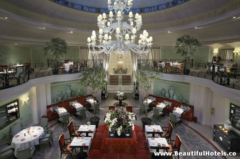 Shangri-La Hotel (Paris, France) 33