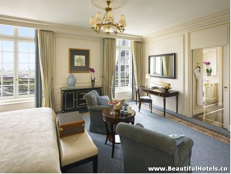 Shangri-La Hotel (Paris, France) 9
