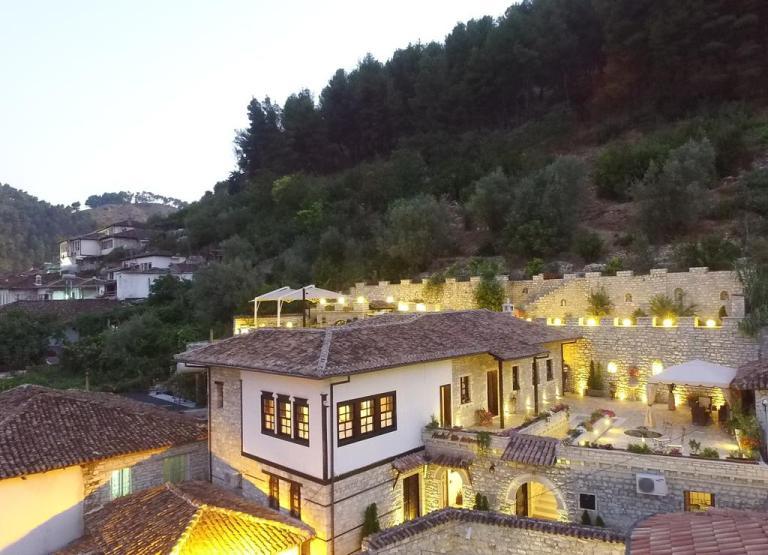 Hotel Vila Aleksander (Albania)