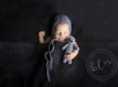 newborn-boy-tucked-up-dark-grey-bonnet-bear-1