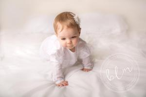 11-months-old-baby-photography-mummy-me-epsom