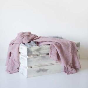 pink and white-prop-baskets7