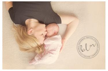 lifestyle-newborn-baby-mum-colour-banstead-surrey-beautifullittlemoments