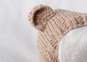 brown-light-bear-hat-2