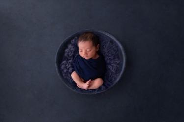 newborn-baby-boy-photo-shoot-epsom-surrey-blue-4