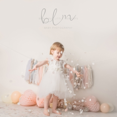 pink-princess-pretty-girl-birthday-photoshoot-confetti-fun-epsom-surrey