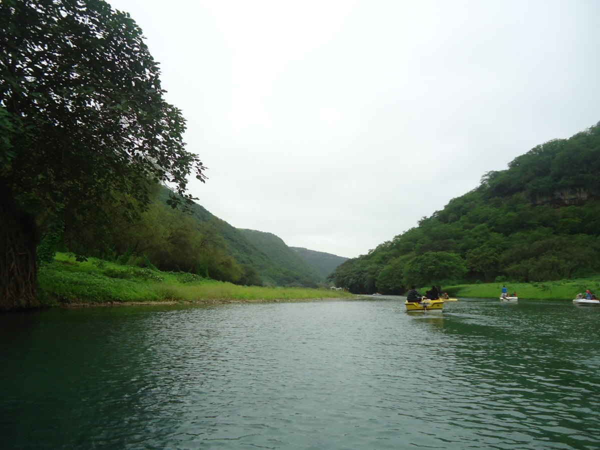 Wadi Darbat Salalah - A Must Visit Place all Year Round