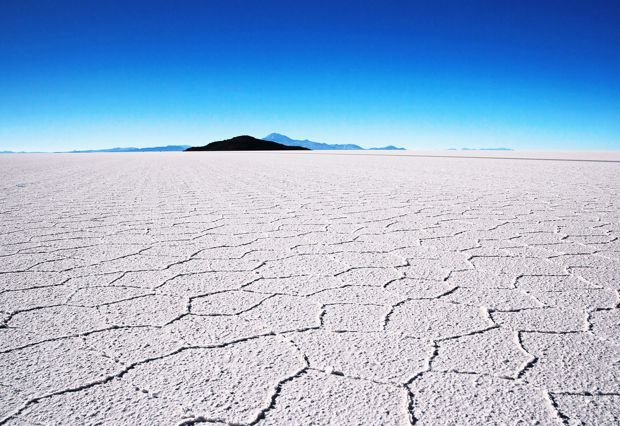 https://i0.wp.com/www.beautifulworld.com/wp-content/uploads/2016/10/salar-de-uyuni.jpg?w=736&ssl=1