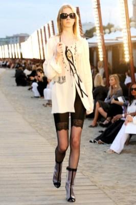 transparent-rain-boots-mid-calf-high-ultimate-fashion-icon