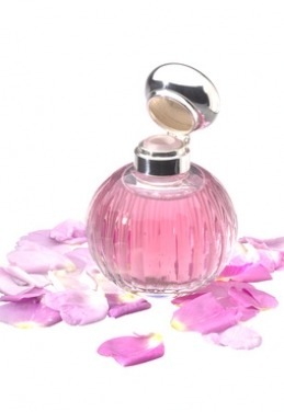 flacon parfum rose