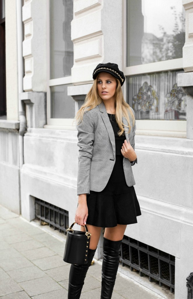 HOW TO STYLE A CHIC OUTFIT