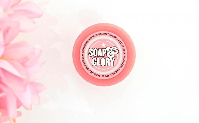 Flake Away Scaly Skin with Soap & Glory Flake Away Body Polish