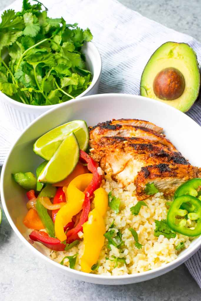 chipotles chicken fajita bowl