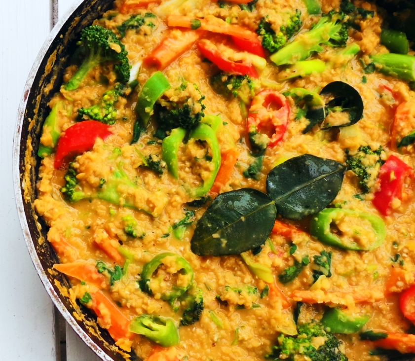 Easy and healthy lentil recipe! This healthy lentil curry with coconut milk is addictive, comforting, fresh and needs only one pan. It's so delicious, one of my favorite healthy vegan dinner recipes. This high-fiber recipe is also gluten-free, dairy-free and nut-free!