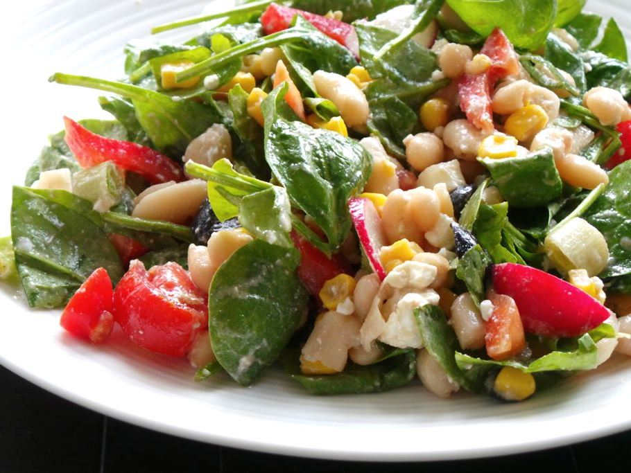 healthy beans and corn salad by Beauty bites
