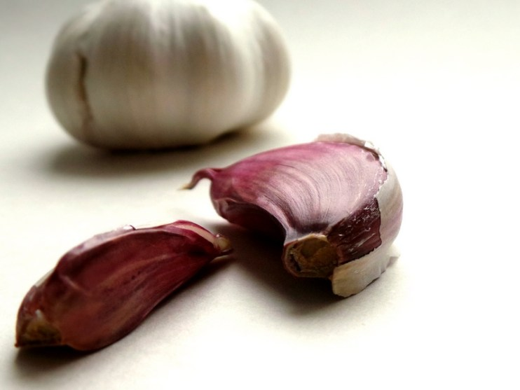 garlic - anti-inflammatory food