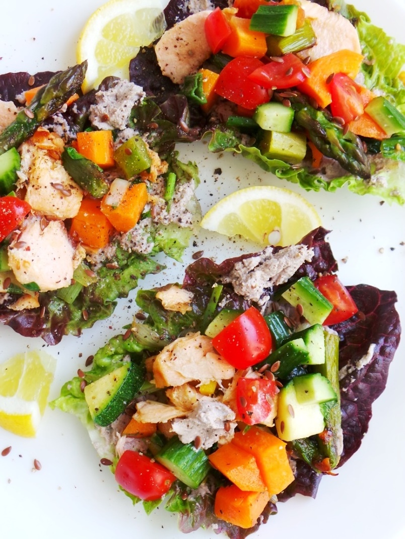 Salmon Lettuce Wraps - Clean Eating Dinner Recipe. Healthy, anti-inflammatory, paleo and gluten-free. This healthy dinner recipe can also help you lose weight.