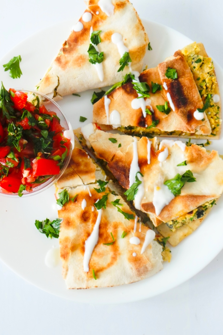 """Easy falafel """"wrap"""" recipe! This healthy dinner recipe is done in 15 minutes - it's vegan, high-protein and full of flavor!"""