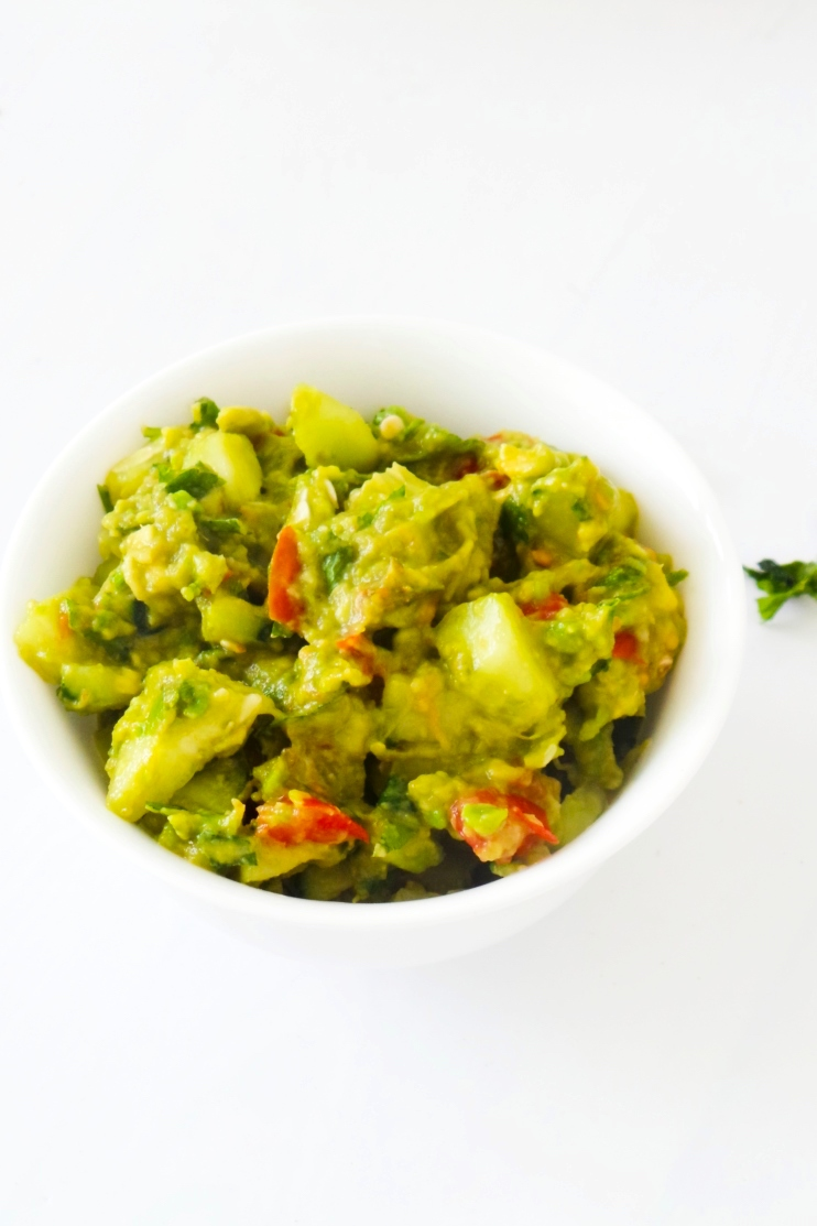 Guacamole with basil and cucumbers - healthy low-carb side dish you can eat in wraps, bowls and with dinner