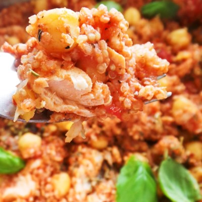 Healthy Mediterranean Salmon With Quinoa And Chickpeas (One Pan!)