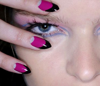 https://i0.wp.com/www.beautyblitz.com/uploadedImages/features/Makeup_Blitz/0912-runway-party-nails-350.jpg