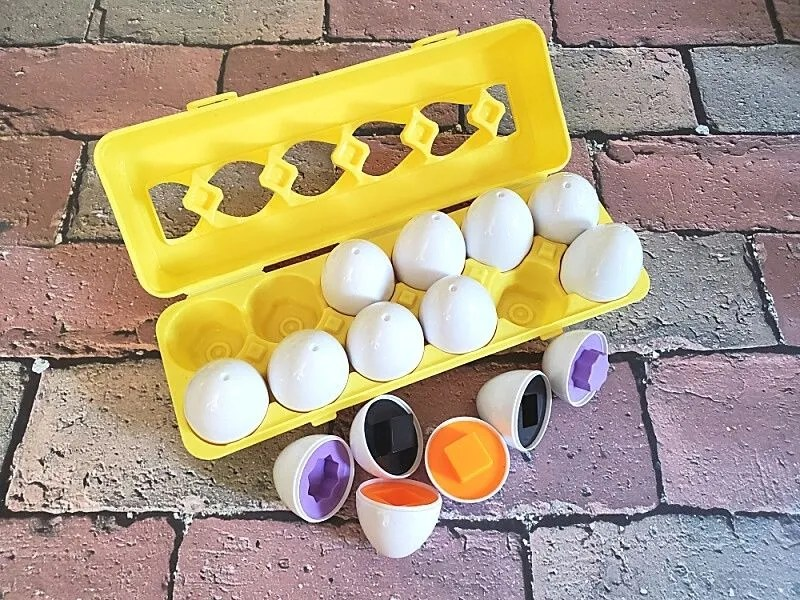 Skoolzy Matching Eggs Color Sorting Toys