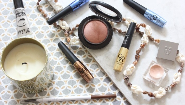 5 Standout Products From My Travel Makeup Bag