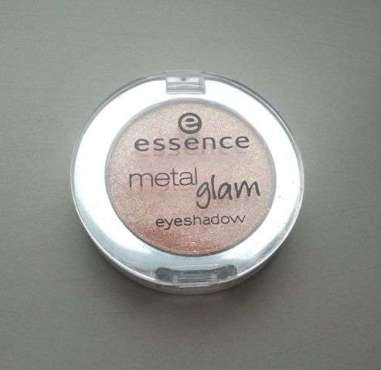 Essence Metal Glam