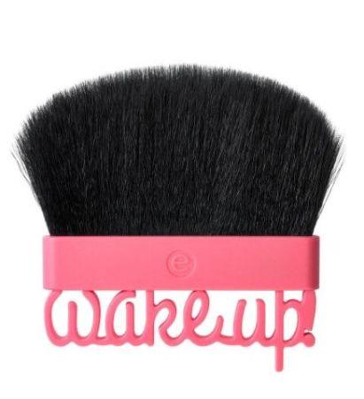 ess. wake up, spring! blush brush