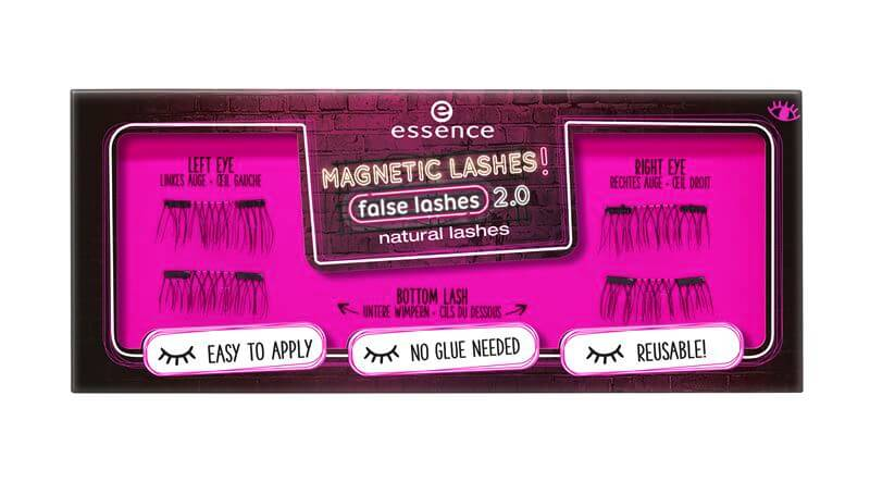 453110_natural lashes_Image_Front View Closed