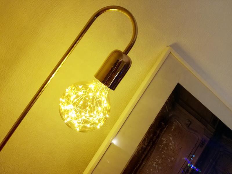 PIB Home Ora tafellamp aan